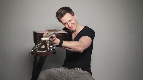Tobias Rauscher Guitarist